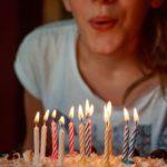 わんこの誕生日にささみジャーキーを手作りする無職とケーキ